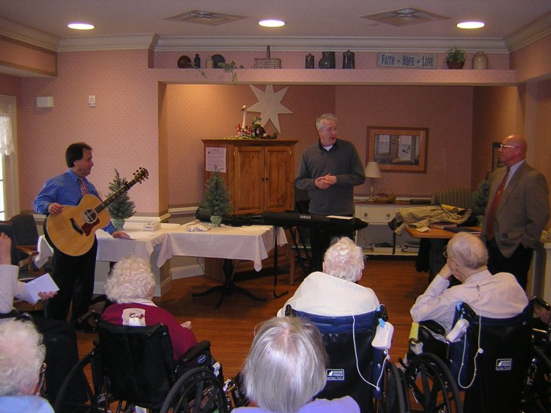 Christmas carols at Caretel
